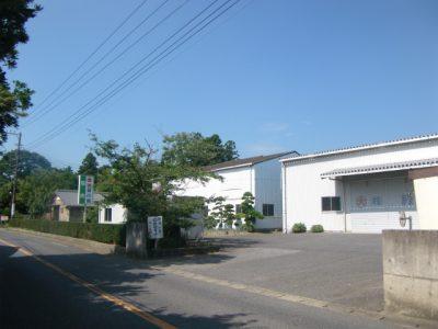 宿舎・倉庫入口